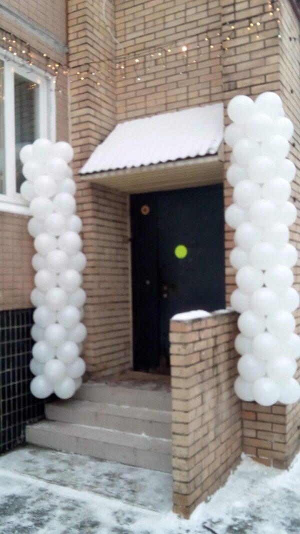Две стойки из воздушных шаров по 3 метра